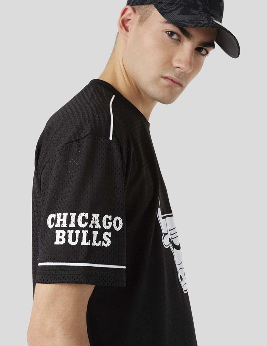 CAMISETA NEW ERA CHICAGO BULLS TEAM LOGO OVERSIZED TEE BLACK