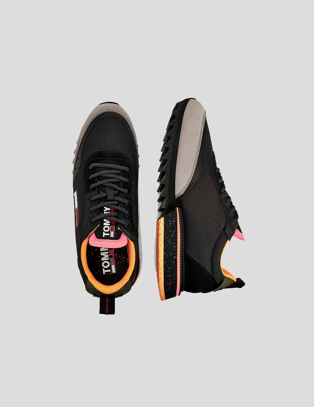 ZAPATILLAS TOMMY JEANS CLEATED MIXED TEXTURE  BLACK