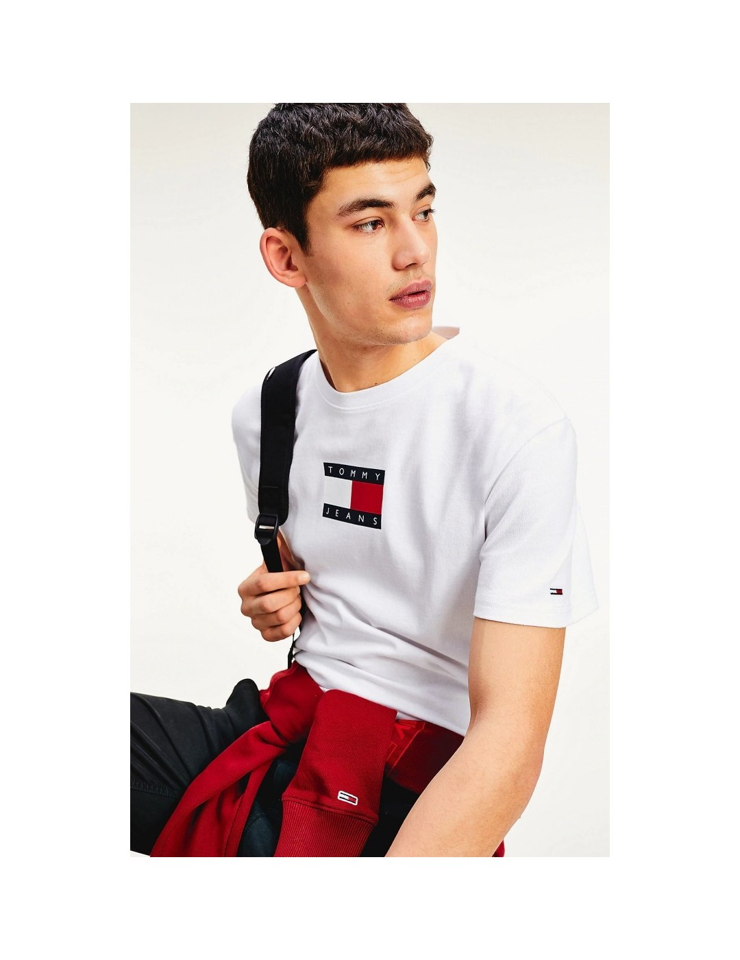 CAMISETA TOMMY JEANS SMALL FLAG TEE WHITE