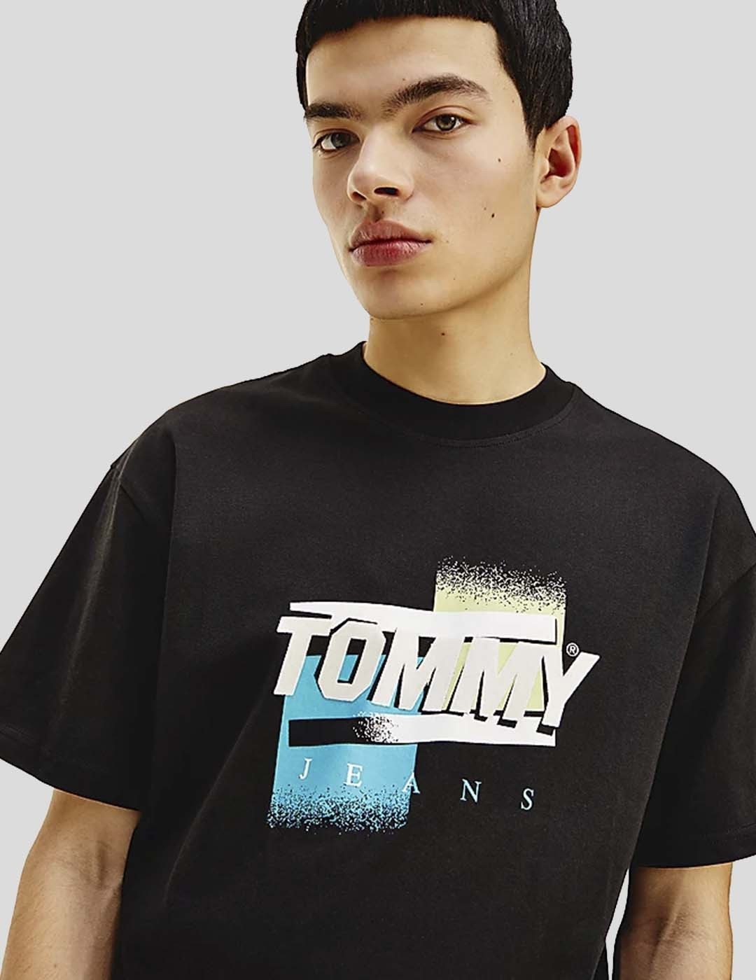 CAMISETA TOMMY JEANS FADED COLOR GRAPHIC TEE BLACK